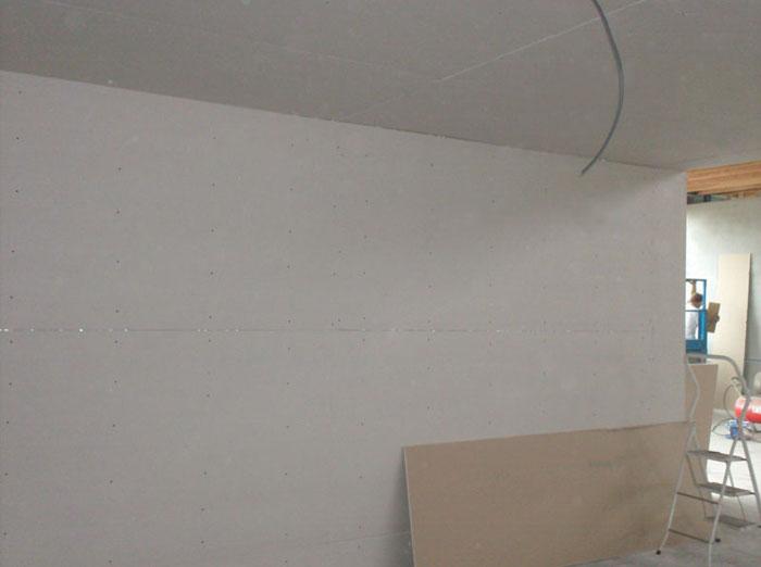 Plafonds plaatsing van gipsplaat plafond afgewerkt for Gips plafond versiering nimes
